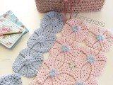 copertina rosa azzurro in lana per carrozzina uncinetto crochet (1)