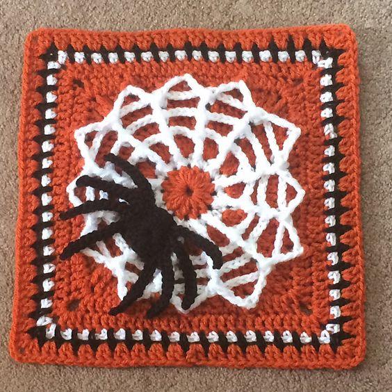 presina  a uncinetto crochet  halloween-