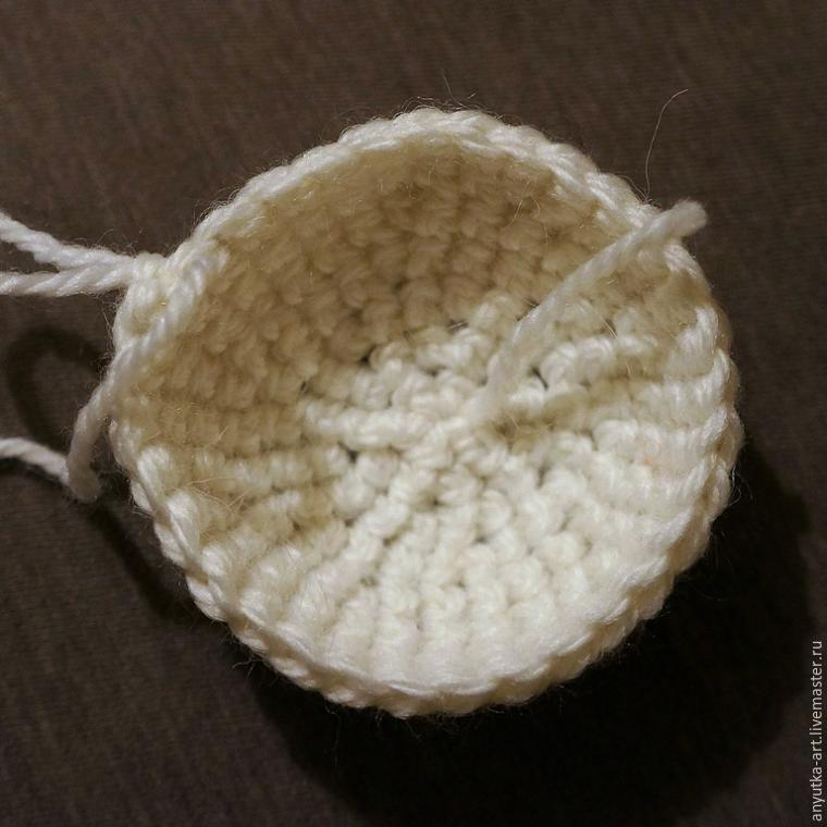 tutorial teiera con pecoralla distesa sul prato a uncinetto crochet (15)