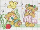 raccolta di schemi per banbini a punto croce con orsetti-paperelle-api e pecorelle (9)