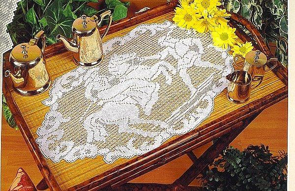 centro tavola- cavaliere uncinetto crochet
