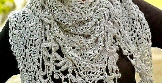 sciarpa grigia in lana a uncinetto
