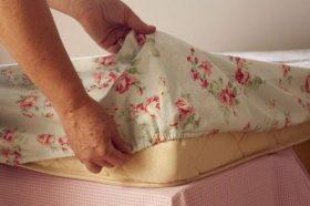 Come creare un lenzuolo con l'elastico (2)